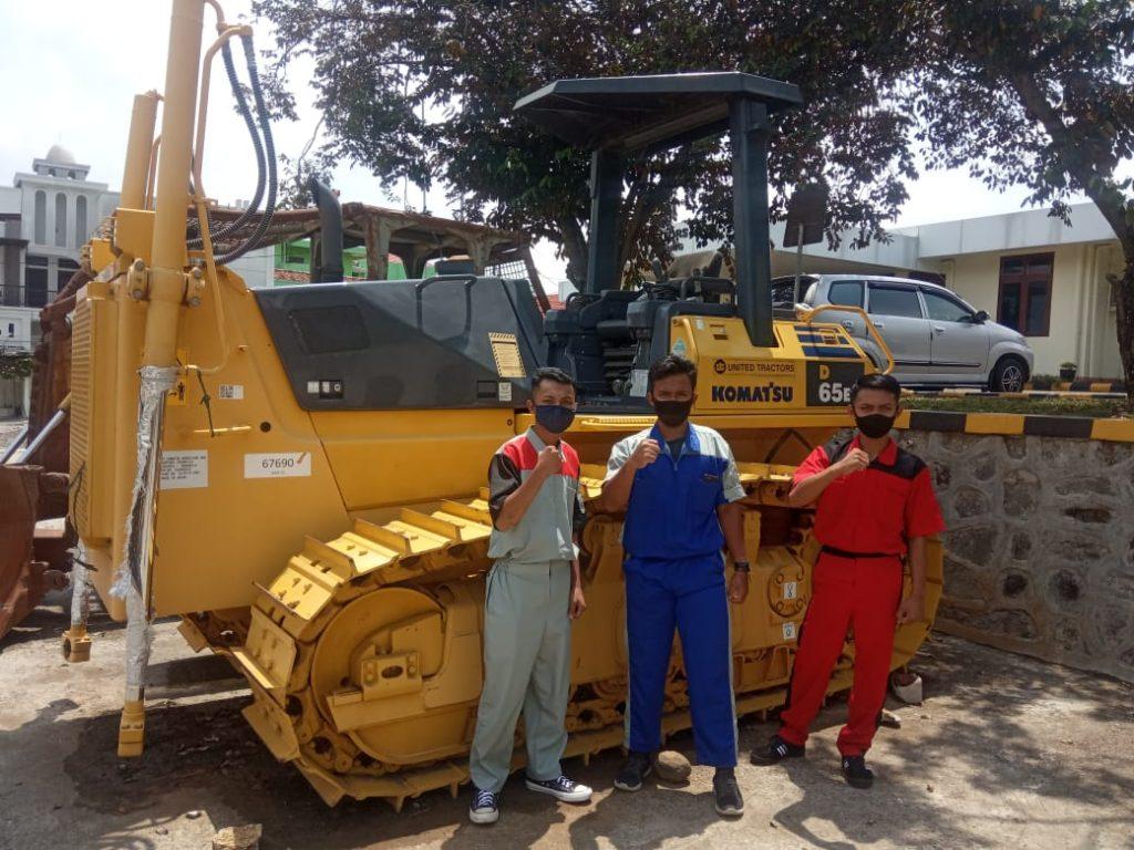 PT. United Tractors SMKBUDUT2WJ